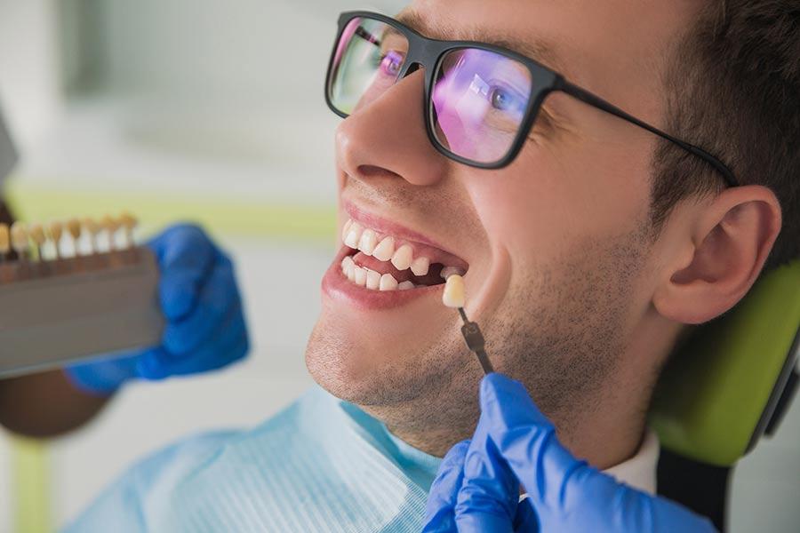 Prothésiste dentaire dans la Manche : améliorer la fonction de mastication et l'esthétique du sourire à Agneaux (50) | Laboratoire Jehenne - Marais